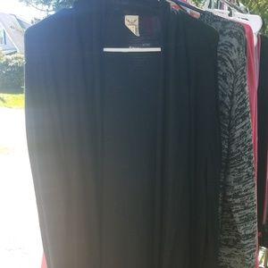 Black Cardigan w/ Pockets